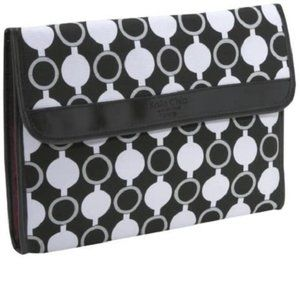 Kailo Chic for Nuo Padded Notebook Tablet Sleeve